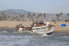 Sauvetage de bateau de pêche Image libre de droits