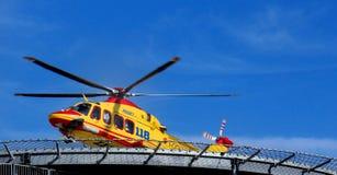 Sauvetage par hélicoptère Pegasus de l'Italien 118 Photographie stock libre de droits