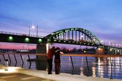 Sava Bridge anziano sul tramonto fotografie stock libere da diritti