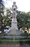 Savannah Augusti 8th: Wright Square Monument från Savannah i Georgia USA Arkivfoton