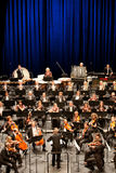 Savaria交响乐团的乐队执行 图库摄影