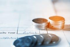 Save pieniądze i bankowość dla przygotowywa pojęcie Fotografia Stock
