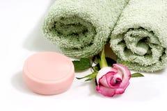 Savon avec Rose Photos stock