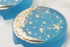 Savon fabriqué à la main de lune Images stock
