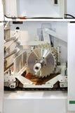 saw för bladcircularclose som skjutas upp Arkivfoton
