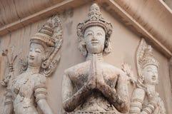 Sawasdee della scultura di angelo della Tailandia tre ciao Immagini Stock Libere da Diritti