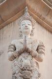 Sawasdee van het de Engelenbeeldhouwwerk van Thailand hello stock afbeelding