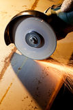 sawing металла стоковые изображения
