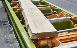 Sawing boards from logs Royalty Free Stock Photography