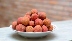 Sławna tropikalna owoc - lychee Zdjęcia Royalty Free