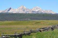 Free Sawtooth Mountain Range 1 Stock Photo - 30932870