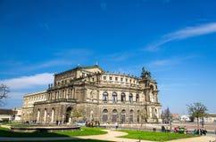 Saxisk tillståndsopera Semperoper, Dresden, Tyskland fotografering för bildbyråer