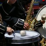 Saxo et tambours Photo libre de droits