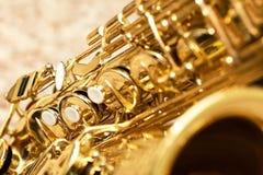 Saxofón del fragmento Imagen de archivo