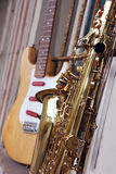 Saxofón sucio viejo Imagen de archivo libre de regalías