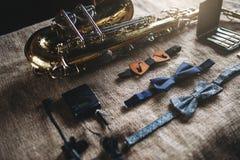 Saxofon mässingsmusikbandinstrumentutrustning Fotografering för Bildbyråer