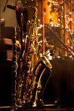 Saxofoneachtergrond Stock Foto