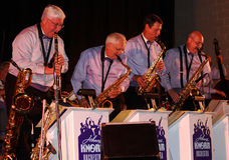 saxofoner för orkester för klarinettjohnny knorr Royaltyfri Bild