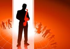 Saxofonspelare med bakgrund för musikalisk grupp Royaltyfri Bild