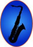 Saxophon op blauwe rug Royalty-vrije Stock Foto