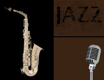 Saxophone και μικρόφωνο χαλκού Στοκ Φωτογραφίες