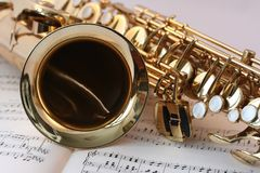 Saxophone and sheet music Stock Photography