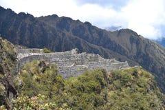 Sayacmarcaen fördärvar på Inca Trail royaltyfri fotografi