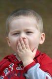 Sbadiglio di Stiffles del neonato Fotografia Stock