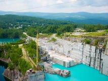 Sbarra, Vermont, U.S.A. Luglio 2018 Roccia delle età, Vermont, cava del granito La cava stessa è dimensi del profondo-foro del `  immagine stock libera da diritti