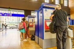 SBB CFF FFS bileta maszyna Zdjęcie Royalty Free