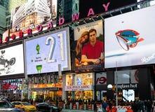 SBroadway shoppar framdelar royaltyfri fotografi