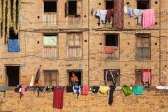 Scène antique de bâtiment au Népal Photographie stock