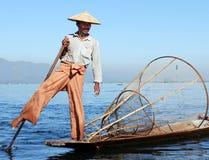 Scène birmanne typique de rivière Image libre de droits