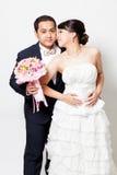 Scène d'amour asiatique de marié de jeune mariée Images libres de droits