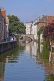 Scène de canal dans Bruge Image libre de droits