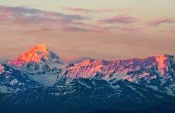 Scène de coucher du soleil au-dessus de Nanda Kot Images libres de droits