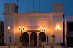 Scène de coucher du soleil dans la plaza, Isabella, Porto Rico Images stock
