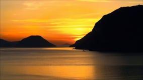 Scène de coucher du soleil, horizons d'îles de baie de mer images stock