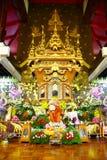 Scène de hall de temple photographie stock libre de droits
