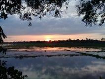 scène de lever de soleil d'image Image libre de droits