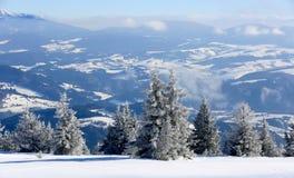 Scène de montagne à l'horaire d'hiver Photo libre de droits