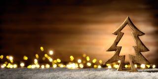 Scène de Noël dans la lumière chaude de lanterne image stock