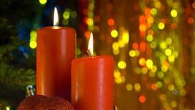 Scène de Noël de brûler les bougies rouges clips vidéos