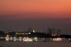 Scène de nuit à la ville de Pattaya Photos libres de droits