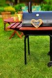 Scène de partie d'arrière-cour d'été de BBQ Photographie stock libre de droits