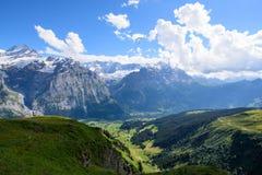 Scène de paysage d'abord à Grindelwald, Bernese Oberland, Swi Photographie stock libre de droits
