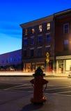 Scène de rue au coucher du soleil dans Chatham NY Photos stock