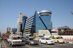 Scène de rue dans la ville de Dubaï Photo libre de droits