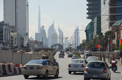 Scène de rue dans la ville de Dubaï Image libre de droits
