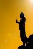 Scène de silhouette pour la statue de Bouddha Photos stock